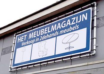 het meubelmagazijn spandoek